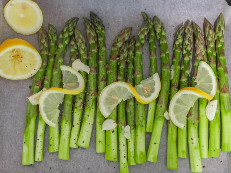 Grilled asparagus with garlic and lemon –K33 Kitchen